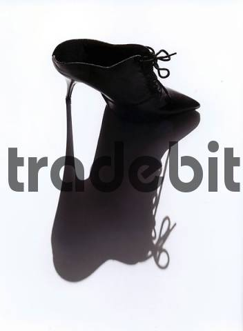 high heeled slipper